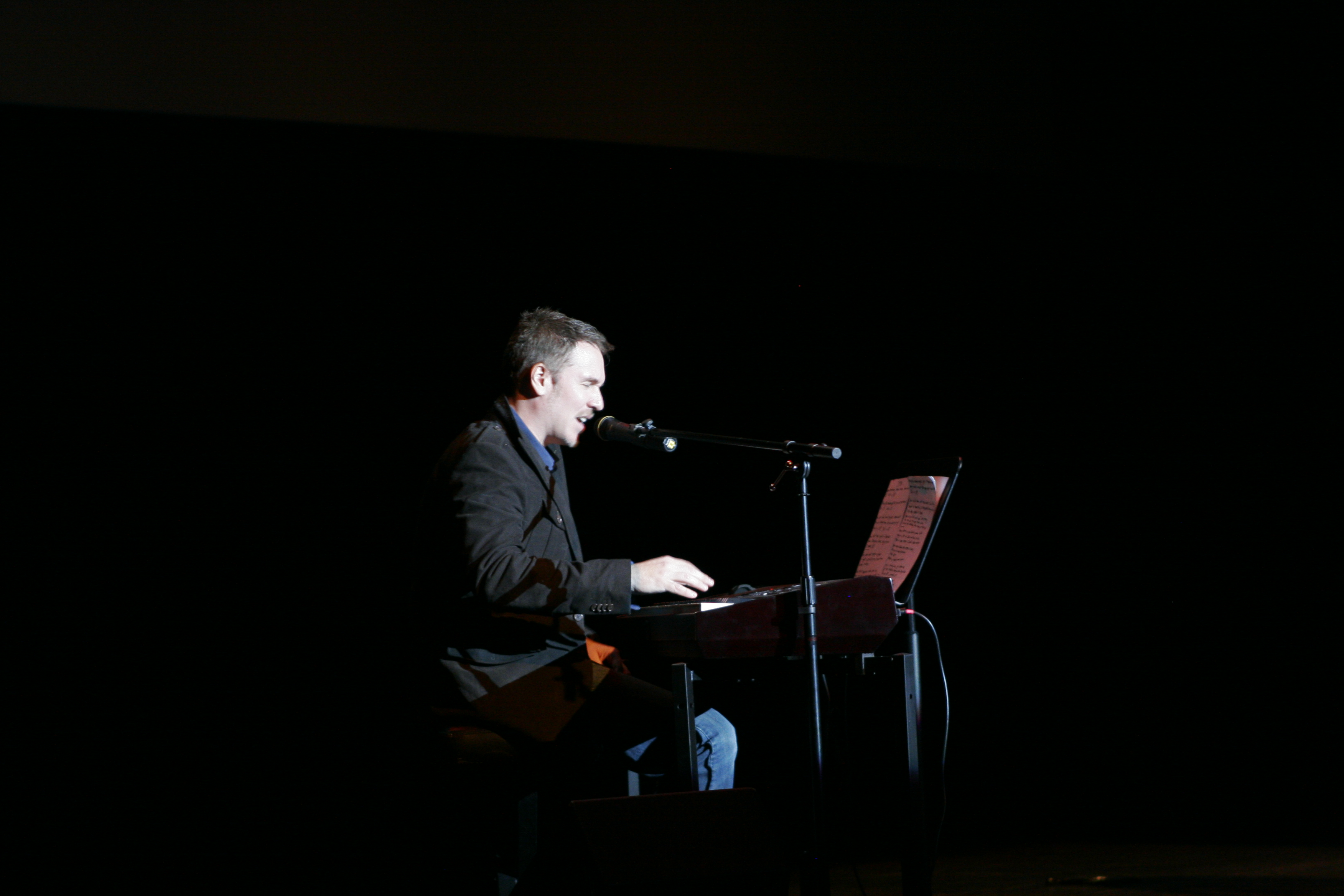 Stephen Lynch At The Pullo Center York